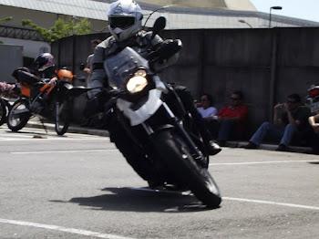 Prova que moto foi feita para fazer curvas