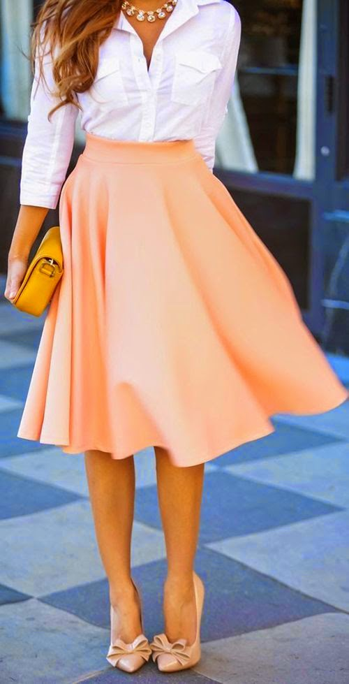 Love this outfit, could look really neat as a work style.