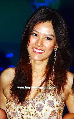 Miss Singapore Universe 2011 Valerie Lim