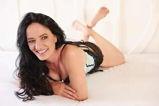 Hot ladies - rs-5-744999.jpg