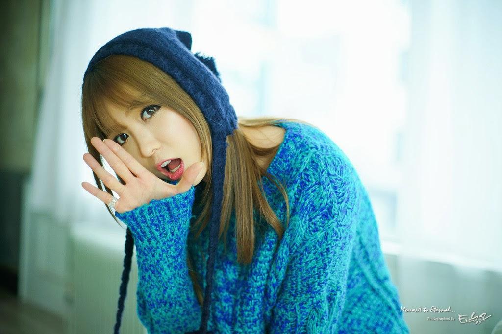 Lee Eun Hye Beauty in Blue