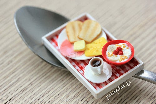 04-Stéphanie-Kilgast-Incredible-Miniature-Foods-Savoury-Sweet-Dishes-Dolls-House-www-designstack-co