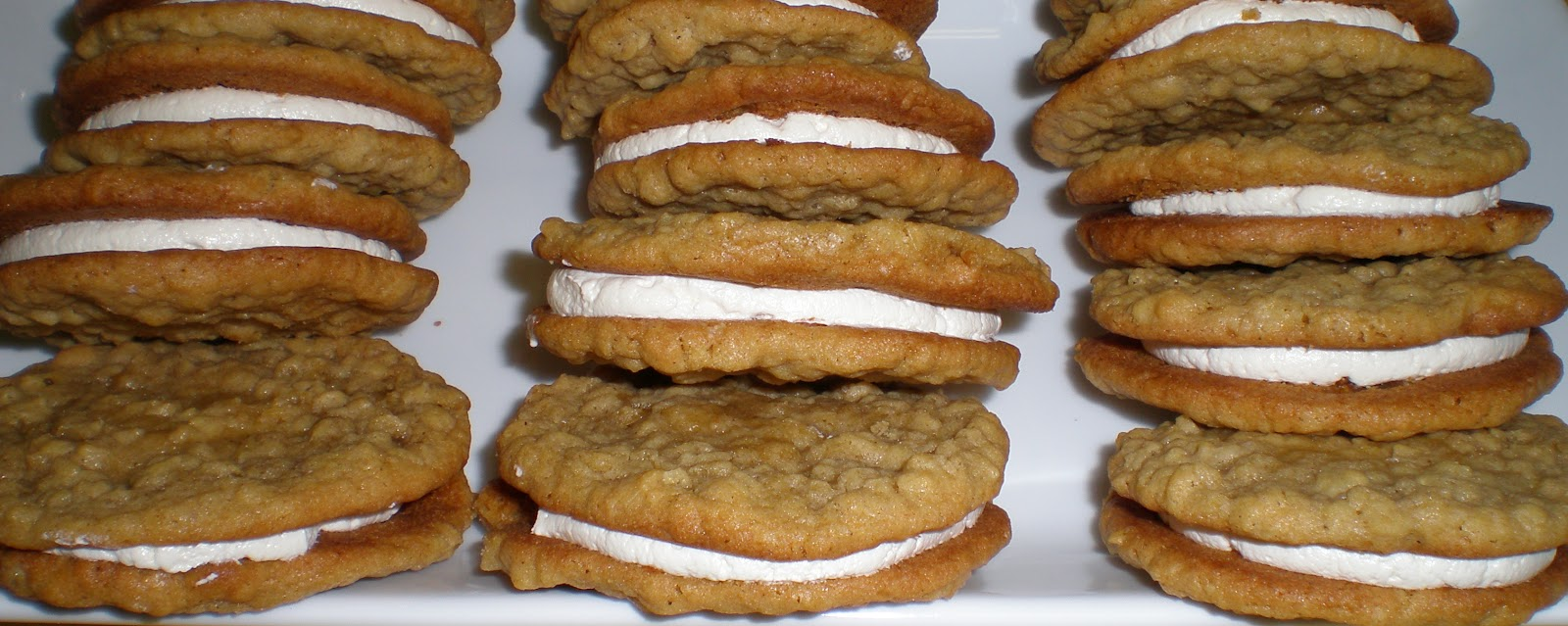 ... little deddie oatmeal cream pies i also remember really loving them i