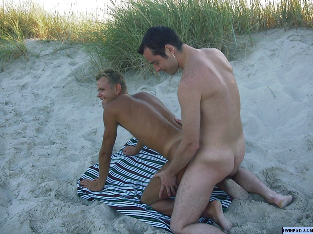 image Gays men having sex in shower and sex gey
