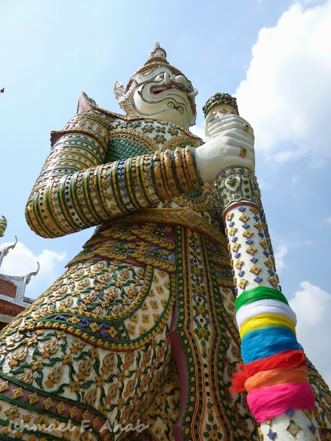 White guard of Wat Arun
