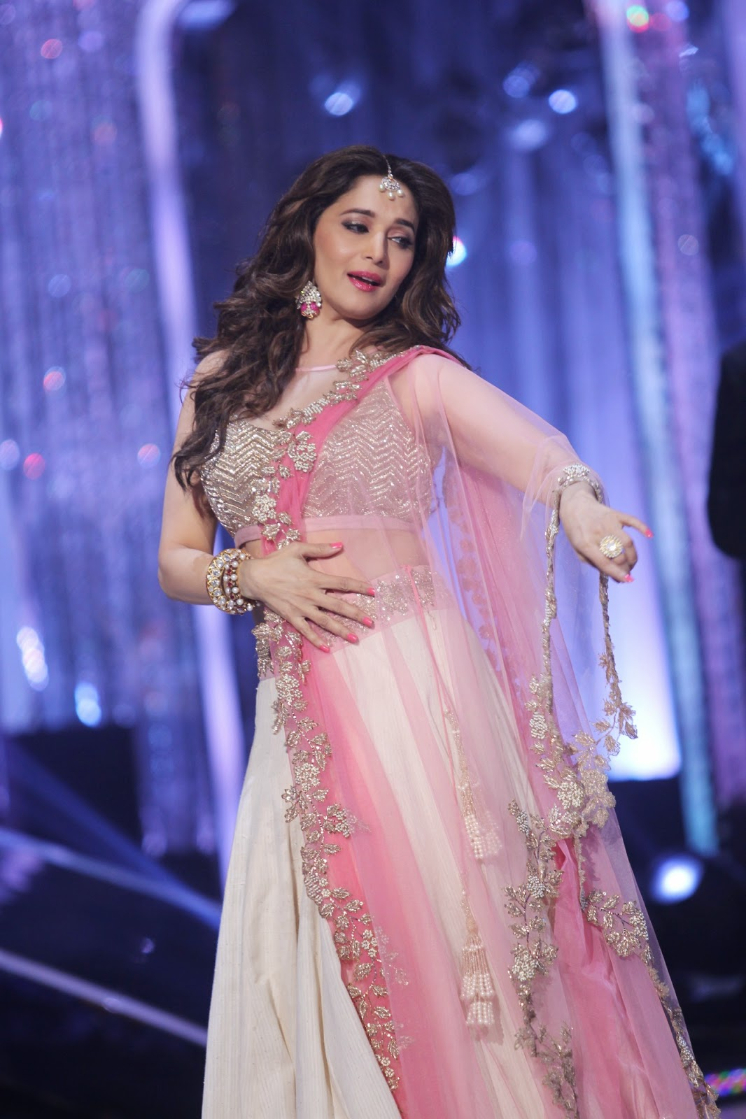madhuri dixit bollywood collection - photo #22