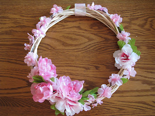 Baby Shower Prayer Wreath just flowers