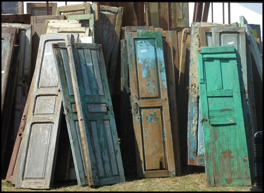 Just a Great Picture of Vintage Doors. - Midwest Cottage & Finds: Just A Great Picture Of Vintage Doors