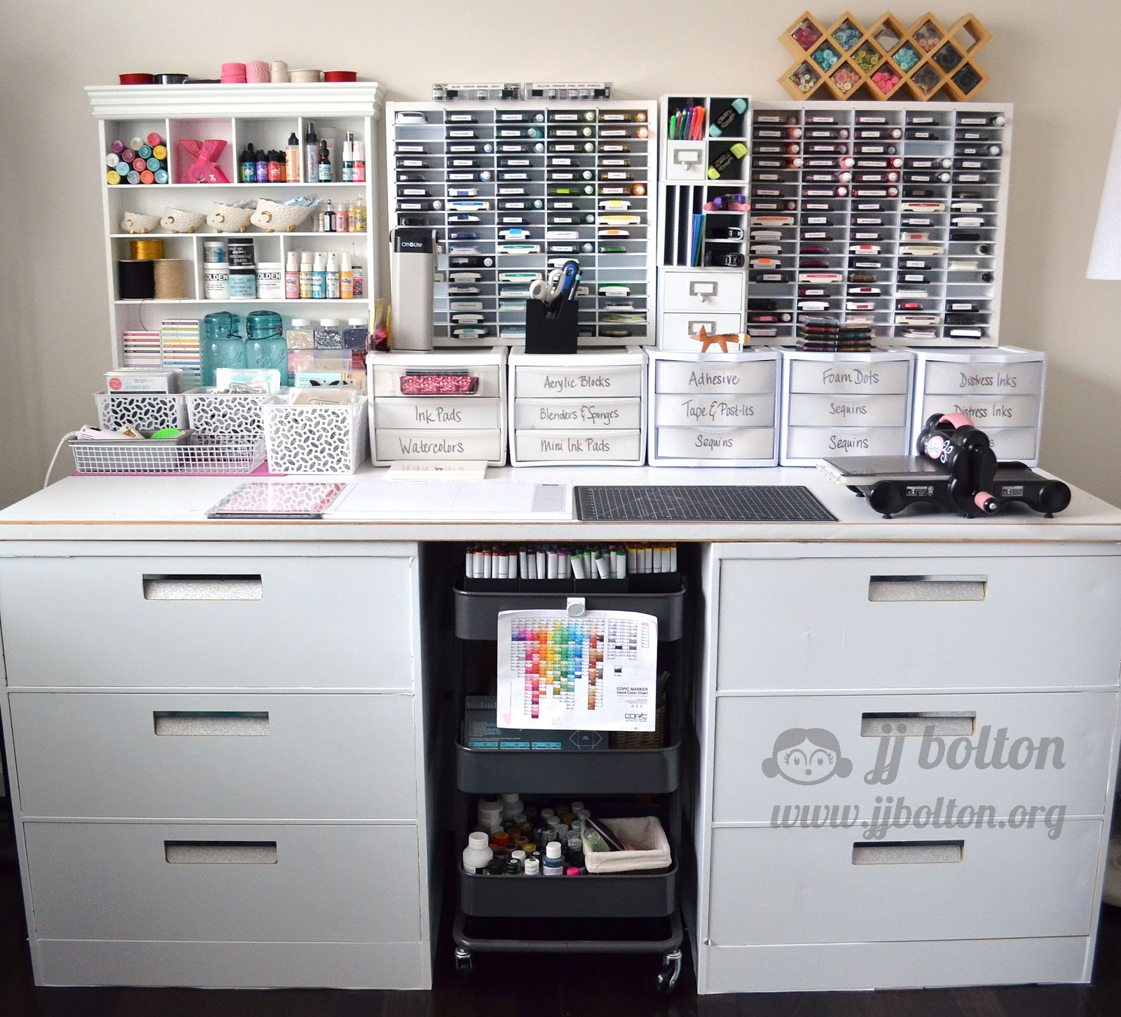 Craft room organization on a budget - Craft Room Organization Furniture While We Re Talking Craft Room Here Are A Couple Little