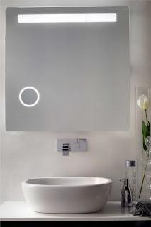 http://shop.outletarreda.com/bagno-lavanderia/specchi-da-bagno/specchio-antiappannamento-con-ingranditore-e-illuminazione-art-199.html