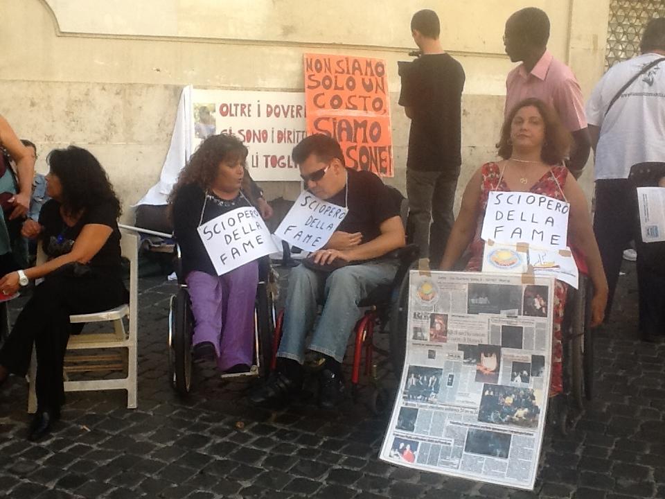La voce della verit lo sciopero della fame dei disabili for Costo seminterrato di sciopero