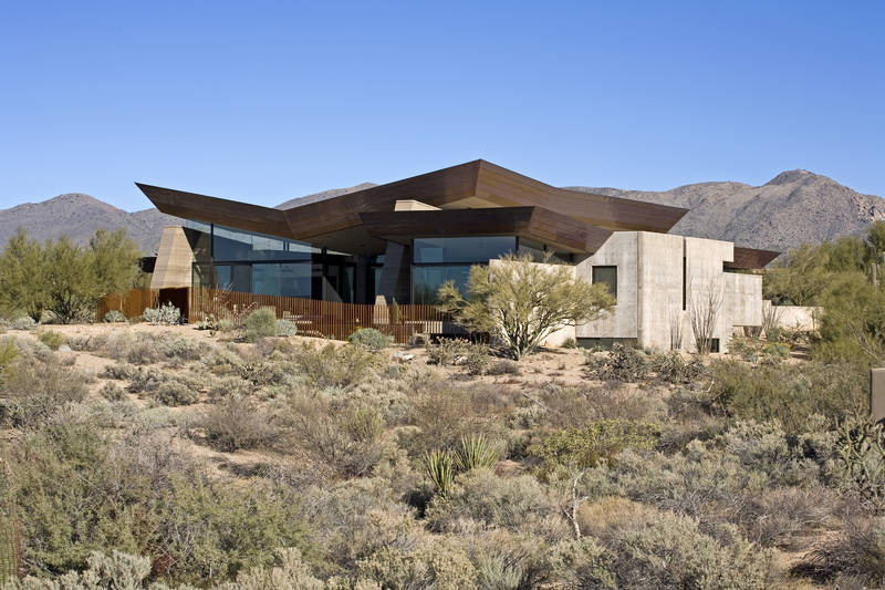 If It's Hip, It's Here: Living Large In The Desert. The Desert ...