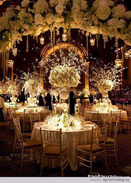 how to make your wedding luxury with flowers