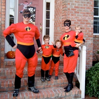 Randy Pausch and his children dressed as the Incredibles on Halloween