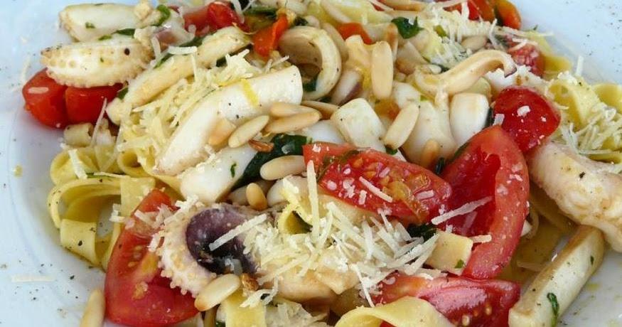 Sepia eingelegt an Pasta