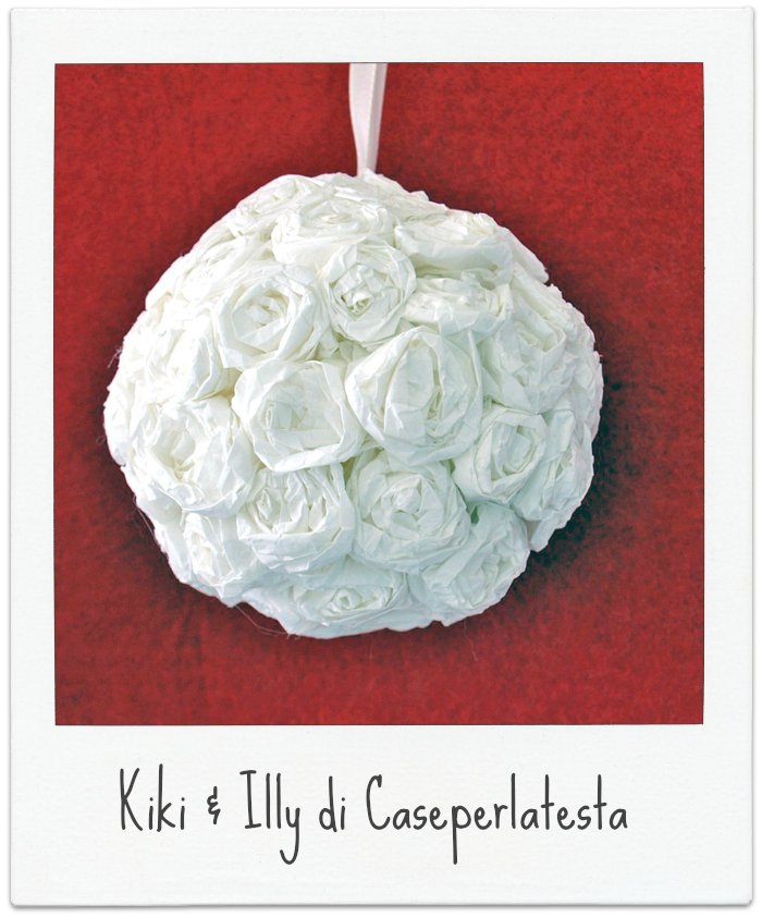 http://caseperlatesta.com/palla-di-rose-di-carta-fai-da-te-diy-hanging-roses-flower-ball/