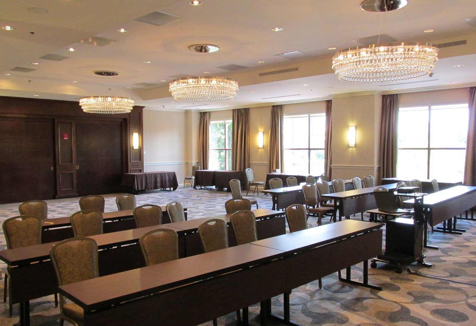 News: DoubleTree Suites by Hilton Hotel Boston-Cambridge