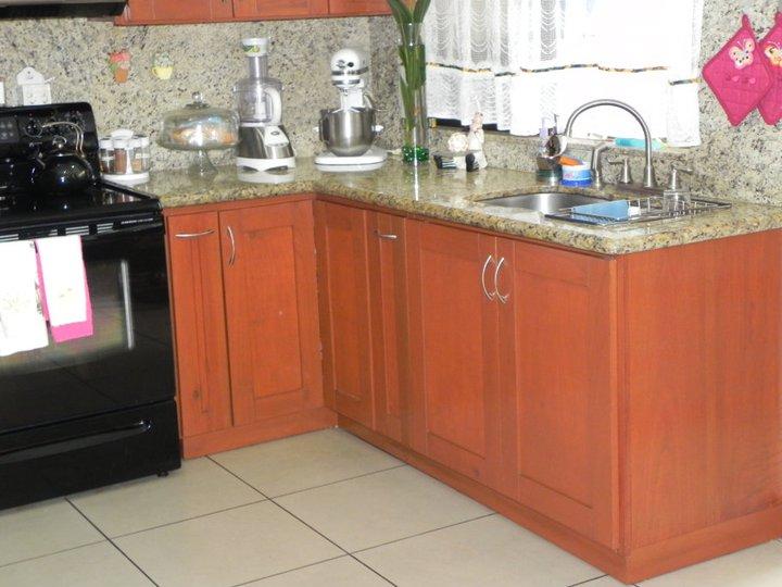 Muebles de cocina y oficinas en costa rica muebles cocina for Muebles de cocina costa rica
