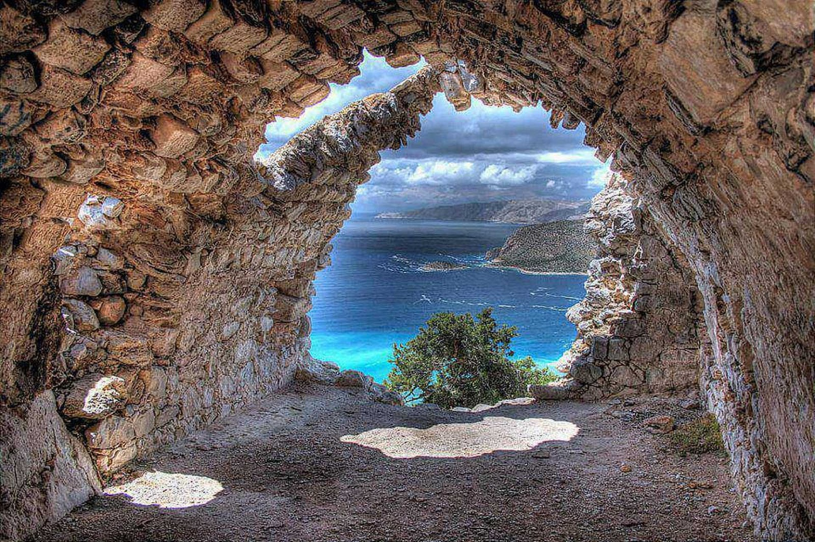 Which Is The Nicest Greek Island To Visit