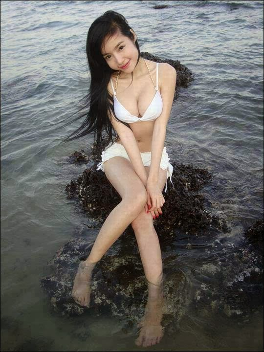 PINAY FEATURED 11
