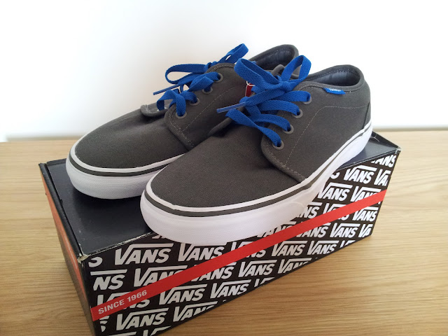 Vans Canvass Trainers