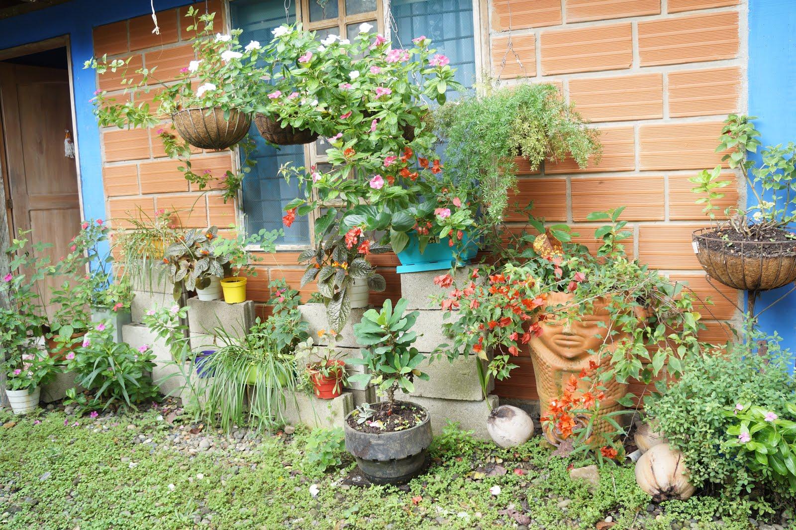 Decoracion Casa Rural Decorando El Patio Con Material Reciclado Y