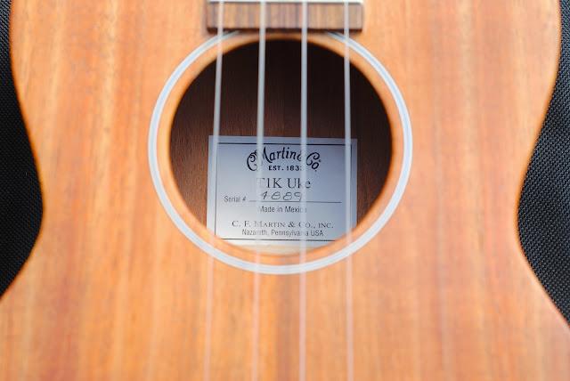 Martin T1K ukulele label