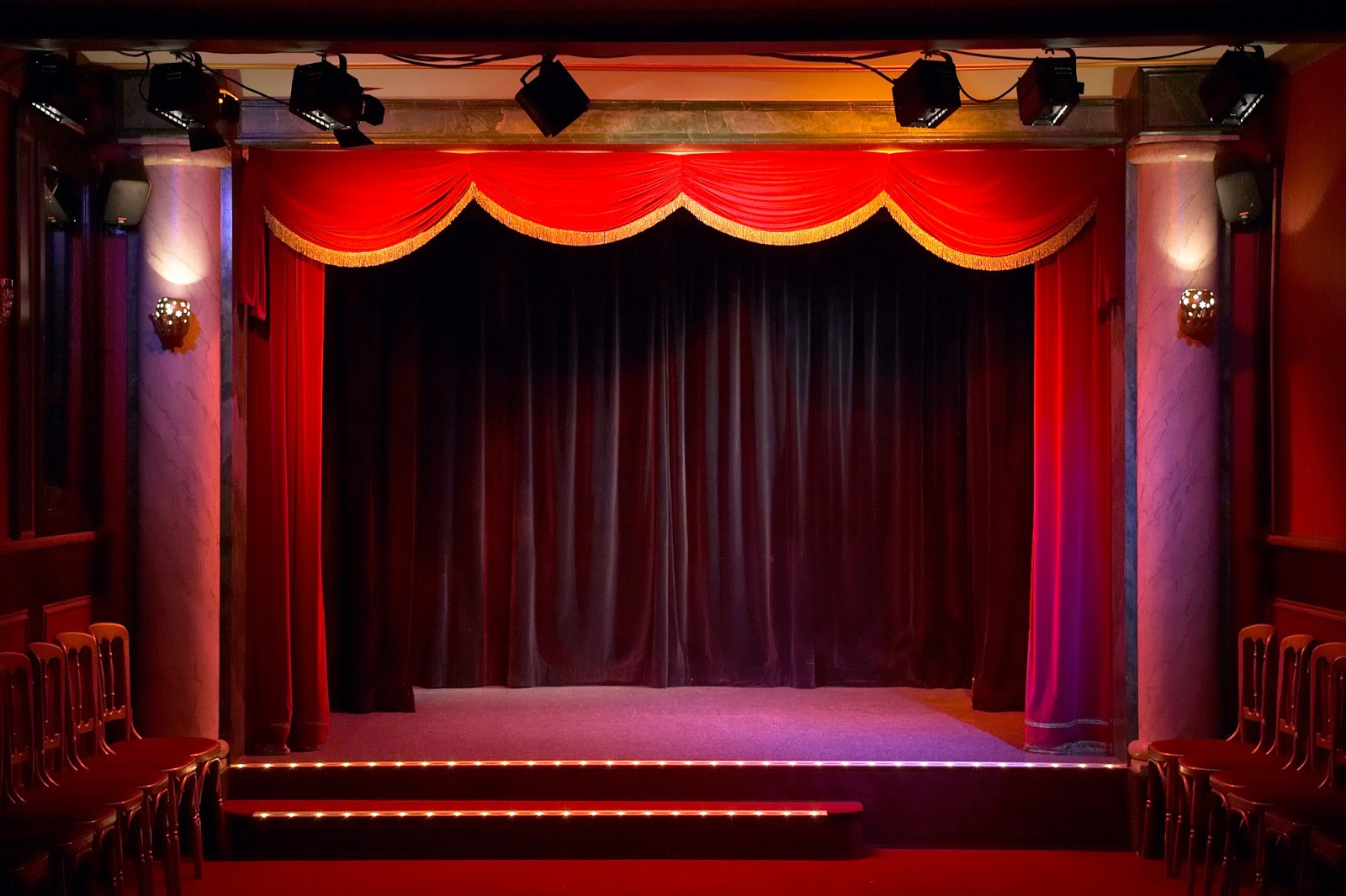 Stage Curtains Spotlig...