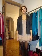 Lindo Vestido para Fiesta de 15 años de Color Negro con un gran escote en la . vestido para fiesta de anìƒos de color negro