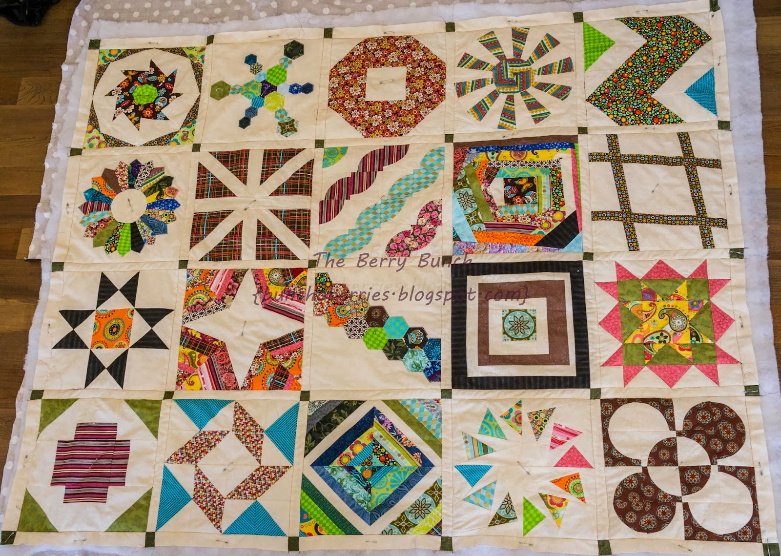 The Berry Bunch: 2014 Finish-A-Long: Craftsy BOM