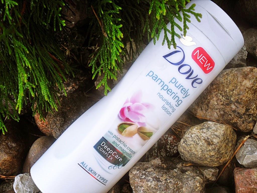 Balsam do ciała Dove Purely Pampering z kremem pistacjowym i magnolią