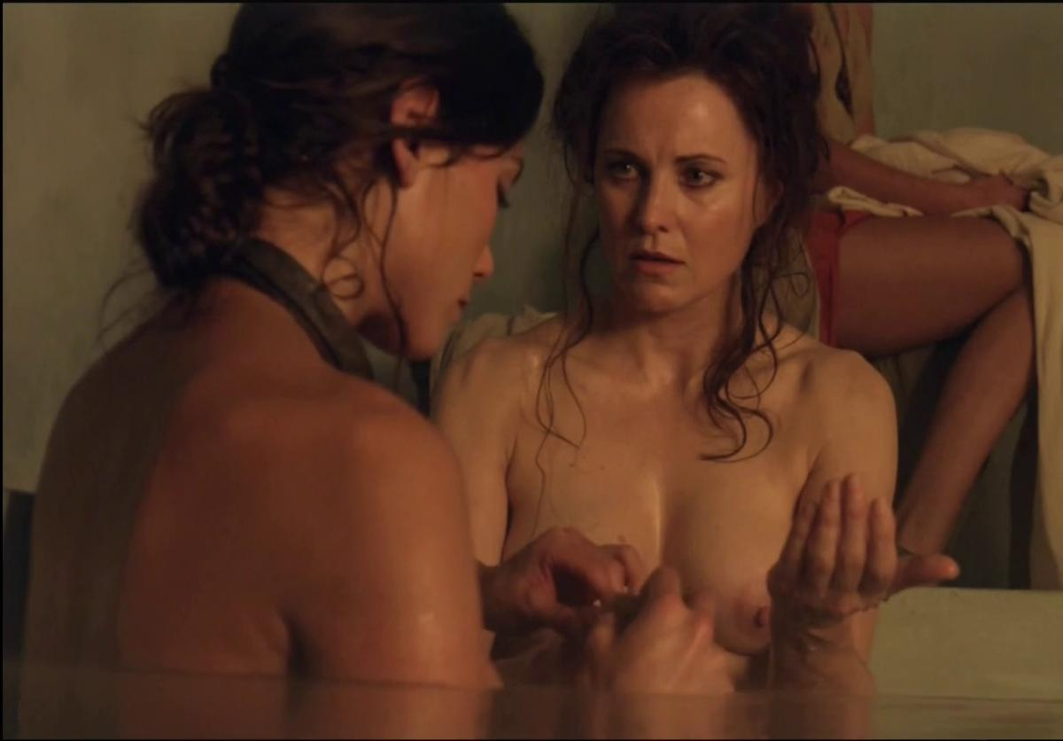 Topless Lucy Lawless Spartacus Bath - Sex Porn Images