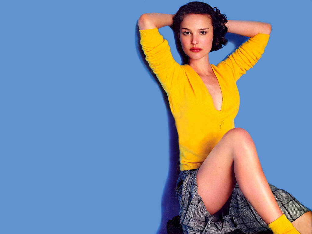 Hot natalie portman 39 s wallpapers world amazing for Hot wallpapers world