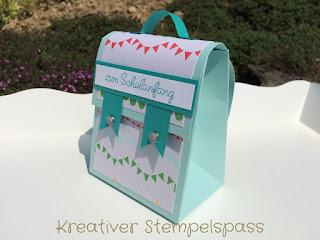 Mini - Schulranzen mit Stanz- und Falzbrett für Geschenktüten