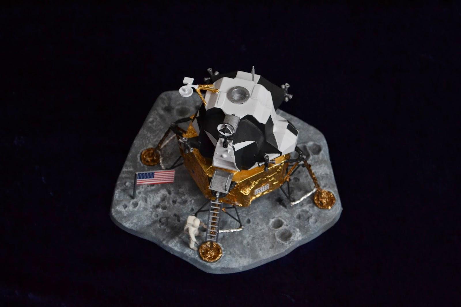 built lunar landers - photo #40