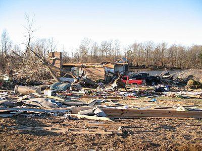tuscaloosa tornado damage. tuscaloosa tornado damage.