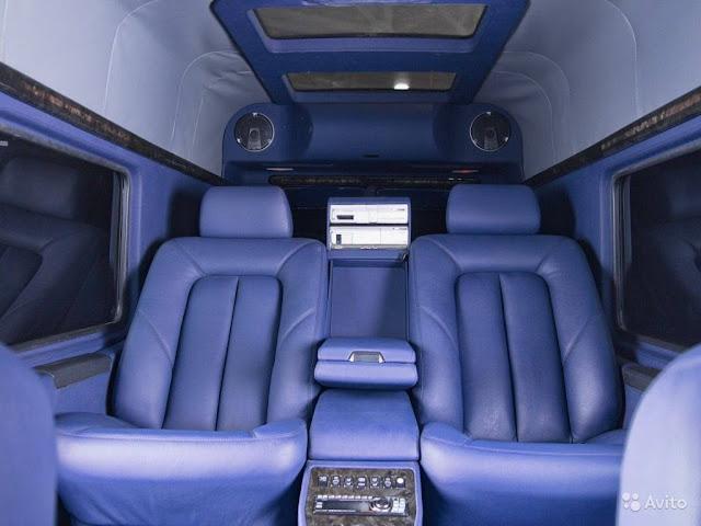 g-wagen interior