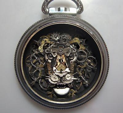 Leon en reloj
