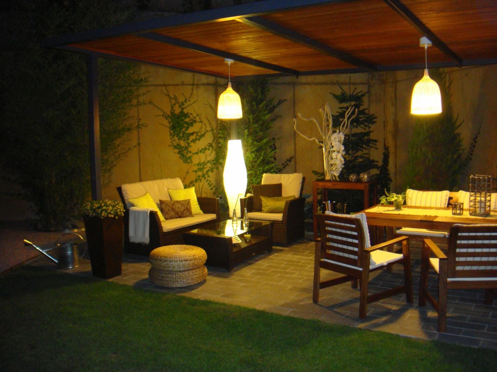 El in genio de las l mparas como iluminar nuestro jard n - Lamparas exteriores para jardin ...
