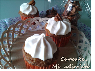 cupcake adiccion, zanahoria, cream cheese frosting, nueces, pasitas