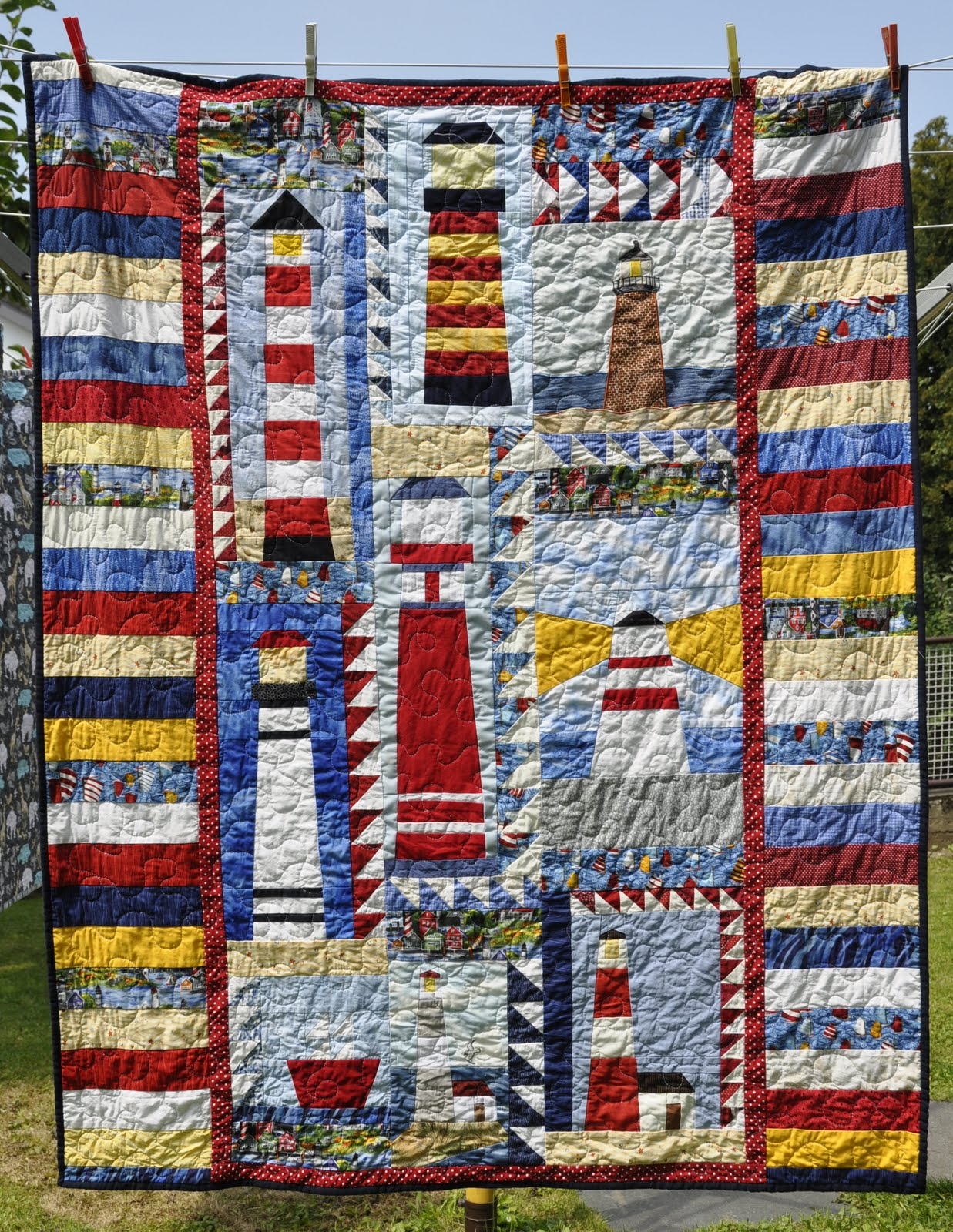 Welcome to Sentries of Light - your source for lighthouse quilt patterns