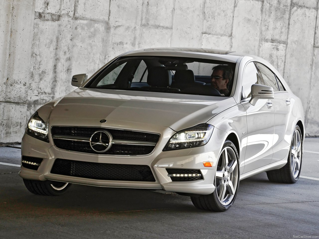 2012 mercedes benz cls550 mercedes benz cars. Black Bedroom Furniture Sets. Home Design Ideas