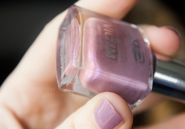 p2 gracious nagellack nail polish mauve closeup
