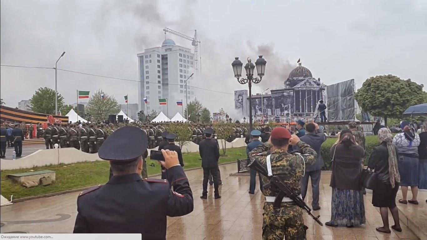 Трахают пленных русских девочек 14 фотография