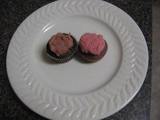 Sangria Cupcakes & Chocolate Balsamic Raspberry Cupcakes