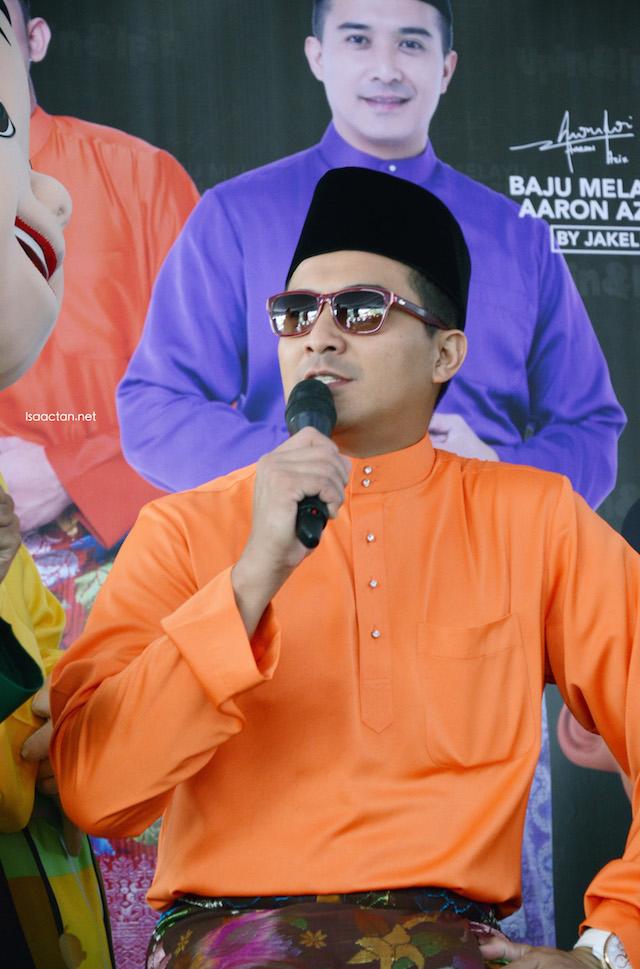 Aaron Aziz remains this year as Jakel's Baju Melayu ambassador