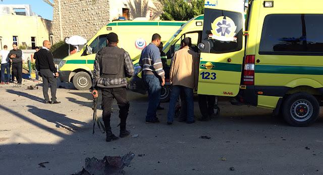 Αίγυπτο: Τουλάχιστον 235 νεκροί και 109 τραυματίες από έκρηξη σε τέμενος ο Αλλάχ δεν τους προστάτευσε!