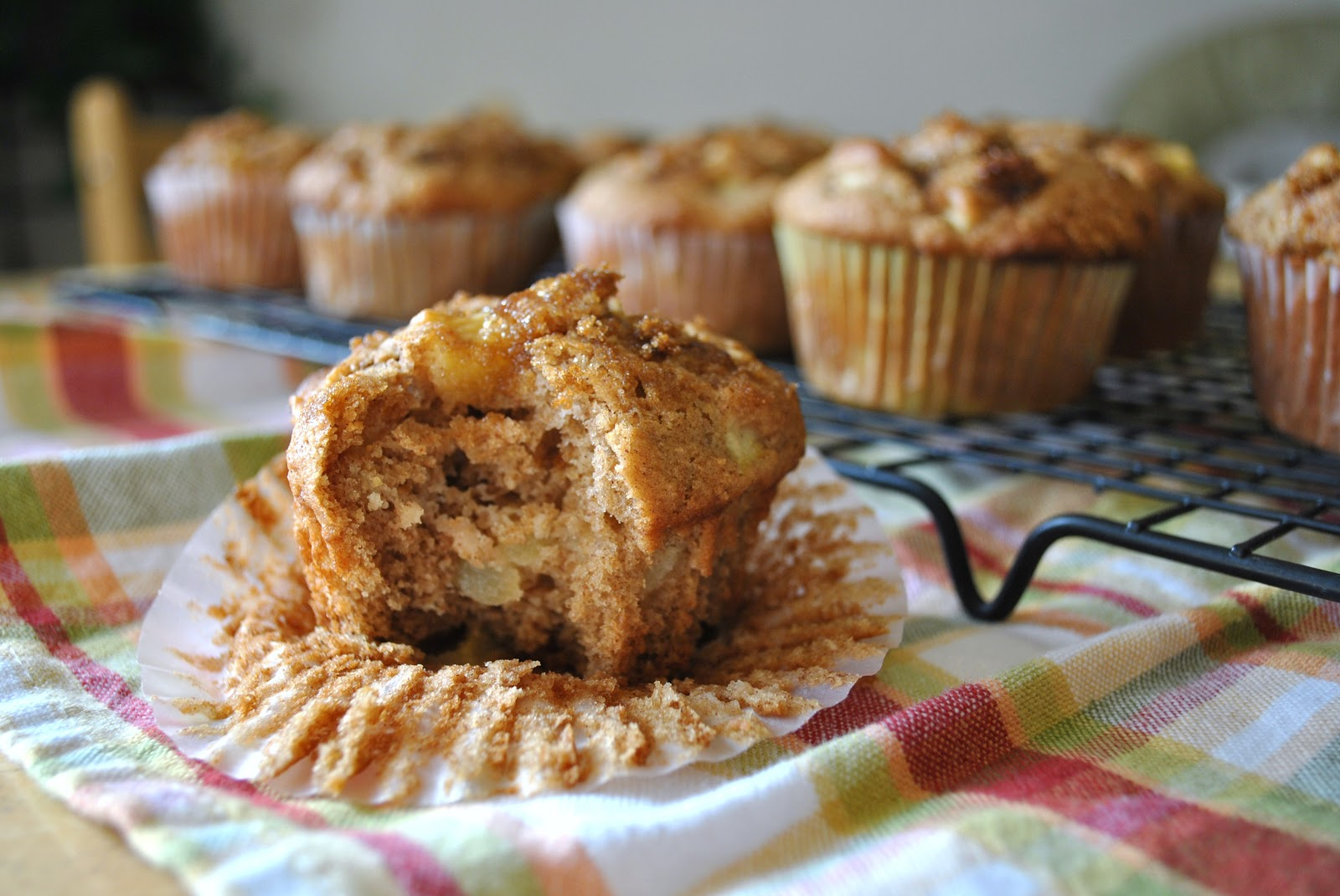 Kristin in Her Kitchen: Whole Wheat Apple Muffins