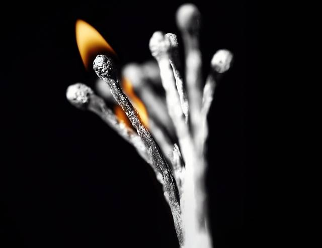A matchstick is something so ordinary and simple that one could hardly imagine it could become an object of art. A Russian artist Stanislav Aristov however, unveils the artistic potential of matches in his his series.
