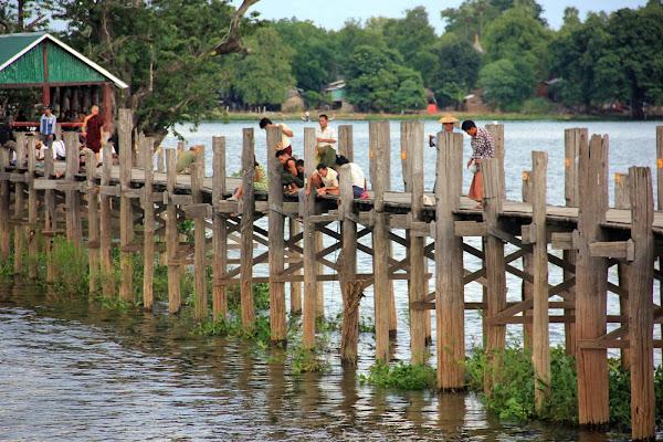 Los 1800 pilares del Puente U-Bein (Amarapura, Myanmar)